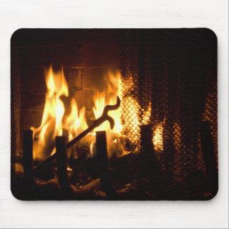 暖炉の火の炎 マウスパッド