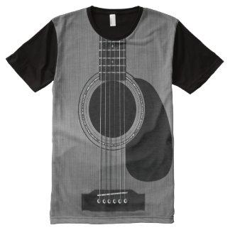 暗いアコースティックギター オールオーバープリントT シャツ