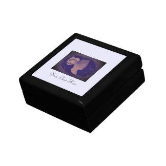 暗いカメオ ギフトボックス