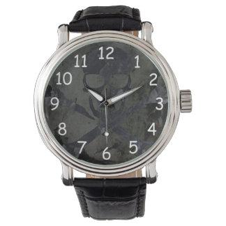 暗いスカルの腕時計 腕時計
