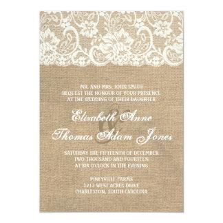 暗いバーラップおよびレースの素朴な結婚式招待状 カード