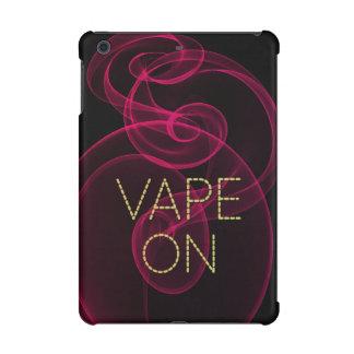 暗いピンクの煙のVape