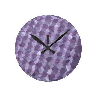 暗いラズベリーの抽象芸術の低い多角形の背景 ラウンド壁時計