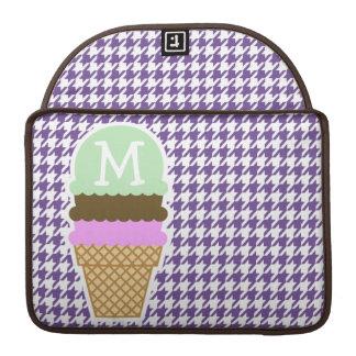 暗いラベンダー、紫色の千鳥格子の; アイスクリーム MacBook PROスリーブ