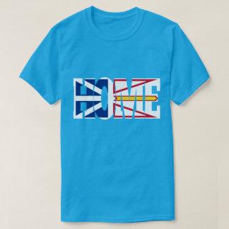 暗いワイシャツ(ニューファウンドランド)の家の旗 Tシャツ