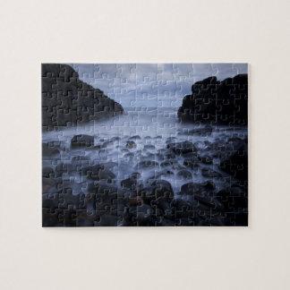 暗い石造りの谷 ジグソーパズル