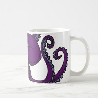 暗い紫色のタコ コーヒーマグカップ