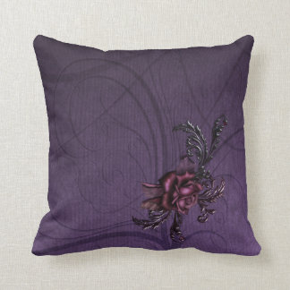 暗い紫色のバラ クッション