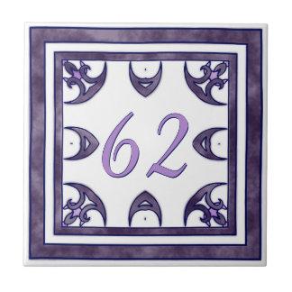 暗い紫色の大きい屋家番号 タイル