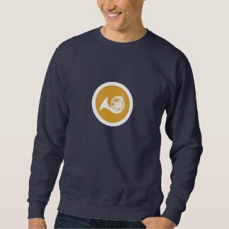 暗い背景のフレンチ・ホルンのTシャツ スウェットシャツ