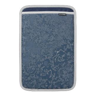 暗い鋼色の氷った水晶 MacBook スリーブ