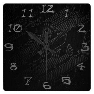 暗い電子工学の時計 スクエア壁時計