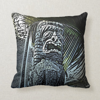暗いtikiの彫像の装飾的な枕 クッション