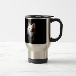 暗闇のポメラニア犬犬 トラベルマグ