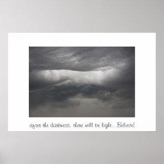 暗闇の後… ポスター