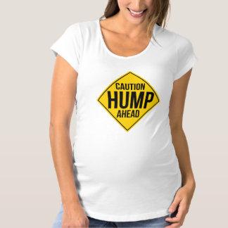 暴露される: 注意のこぶの前方にマタニティシャツ マタニティTシャツ