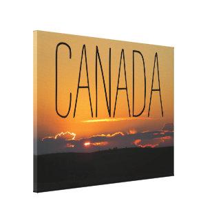 曇ったカナダの日没 キャンバスプリント