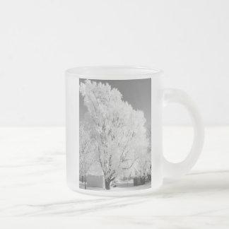 曇らされた木によって曇らされるマグ フロストグラスマグカップ