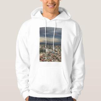 曇り空に対する都市景観の高角の概観 パーカ