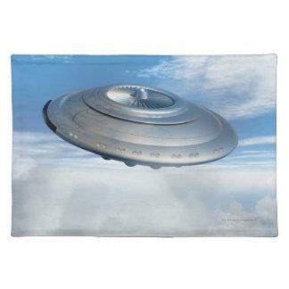 曇り空を通したUFOの飛行 ランチョンマット