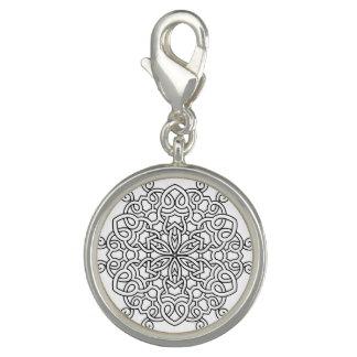 曼荼羅との銀製の円形の魅力 チャーム