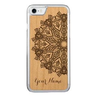 曼荼羅のデザイン CARVED iPhone 7 ケース