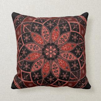 曼荼羅の東洋の芸術パターンデザインの秋の枕 クッション
