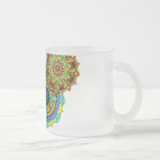 曼荼羅の芸術-バランス フロストグラスマグカップ
