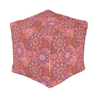 曼荼羅花パターンプリントが付いているPouf アウトドアプーフ