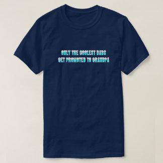 最もクールなパパのワイシャツだけ Tシャツ