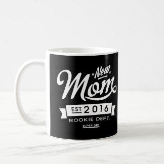 最も最高ので暗く新しいお母さん2016年 コーヒーマグカップ