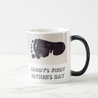 最初にお父さんの父の日のマグ マジックマグカップ