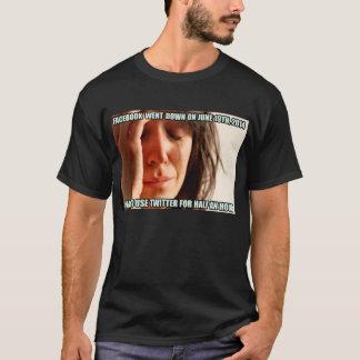 最初世界問題(Facebookの衝突) Tシャツ