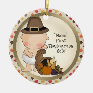最初感謝祭の休暇は単語のオーナメントを加えます セラミックオーナメント