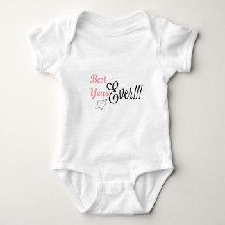 最初誕生日の女の赤ちゃんのボディスーツ-最も最高のな年 ベビーボディスーツ