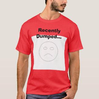 最近投げ出される悲しい顔、… Tシャツ