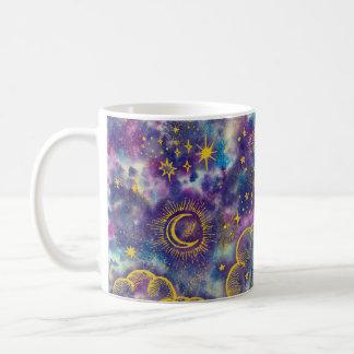 """""""月および星""""のクラシックなコーヒー・マグ(金ゴールド等) コーヒーマグカップ"""
