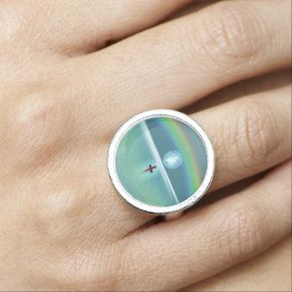 月および虹との海の小さいボート 指輪