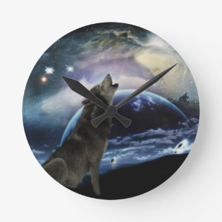 月で遠ぼえしているオオカミ ラウンド壁時計