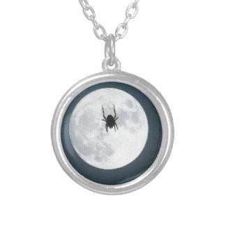 月のくも シルバープレートネックレス