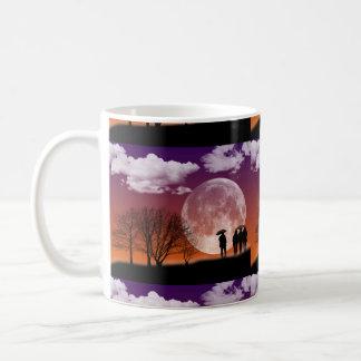月のデジタル芸術の前に歩くこと コーヒーマグカップ
