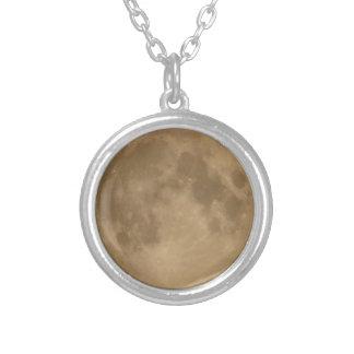 月のネックレス シルバープレートネックレス