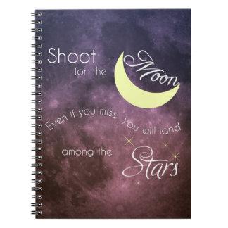 月の感動的な写真のノートのためのシュート ノートブック