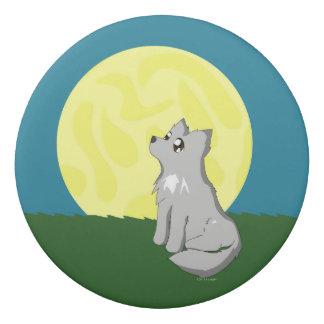 月の消す物を持つかわいくだらしないオオカミ 消しゴム