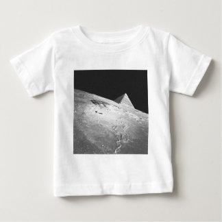 月の陰謀 ベビーTシャツ