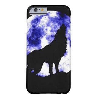 月のiPhone6ケースで遠ぼえしているオオカミ Barely There iPhone 6 ケース