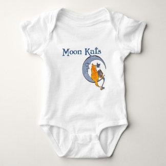 月のKatsのティー ベビーボディスーツ