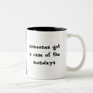 月曜日の月曜日悲しい猫 ツートーンマグカップ