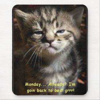 月曜日猫 マウスパッド