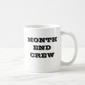 月末の乗組員-会計のチームマグ コーヒーマグカップ